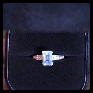 Beautiful white gold and aquamarine ring!